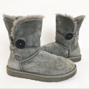 UGG | Classic Bailey Button II Boot Winter Grey 7